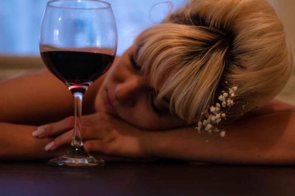 Geringere Krebsrisiken (möglicherweise) Frau ist betrunken